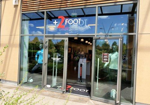 +2FOOT